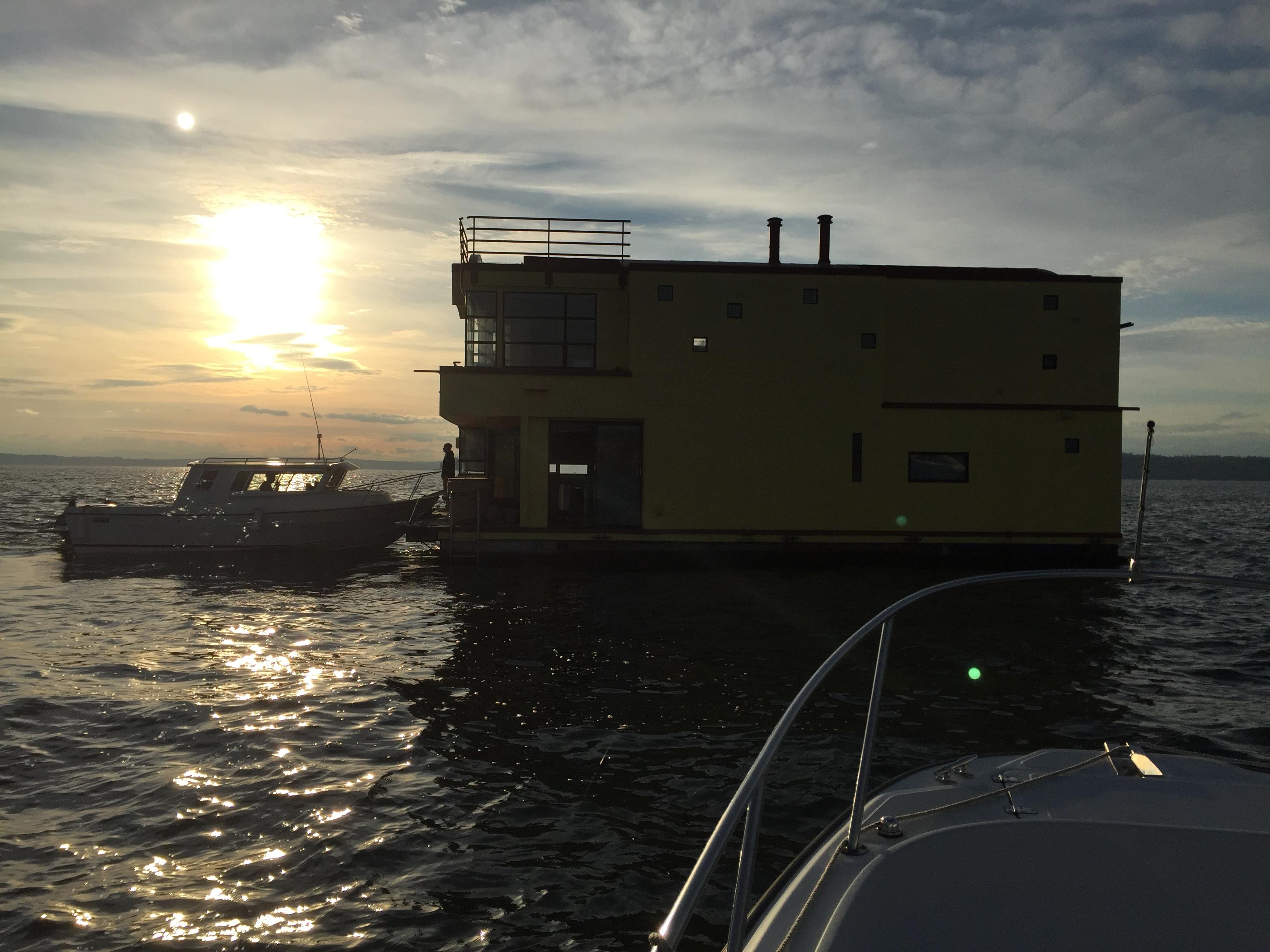 rv2-seasport-tug-2015